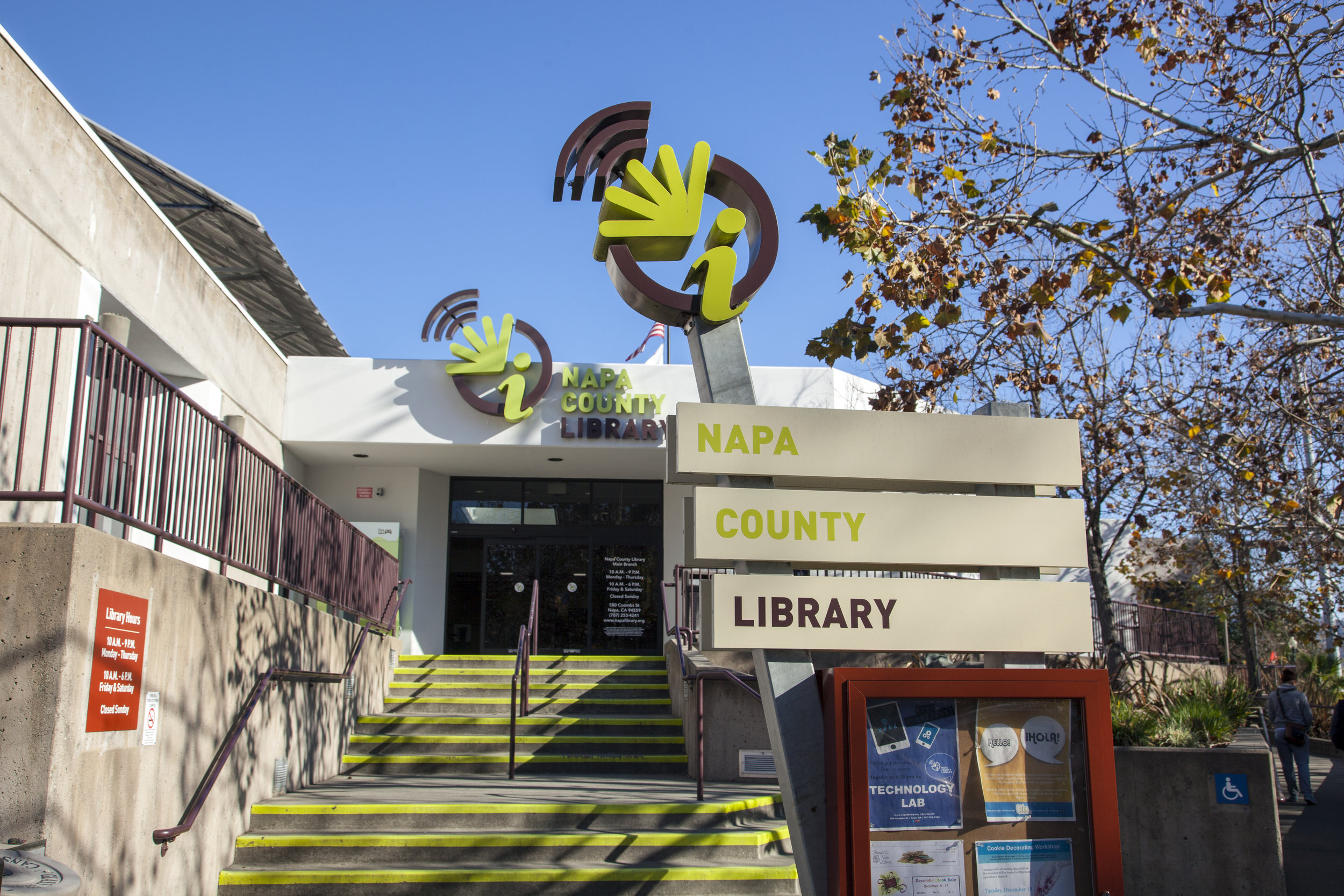 NapaLibrary_outside3.jpg