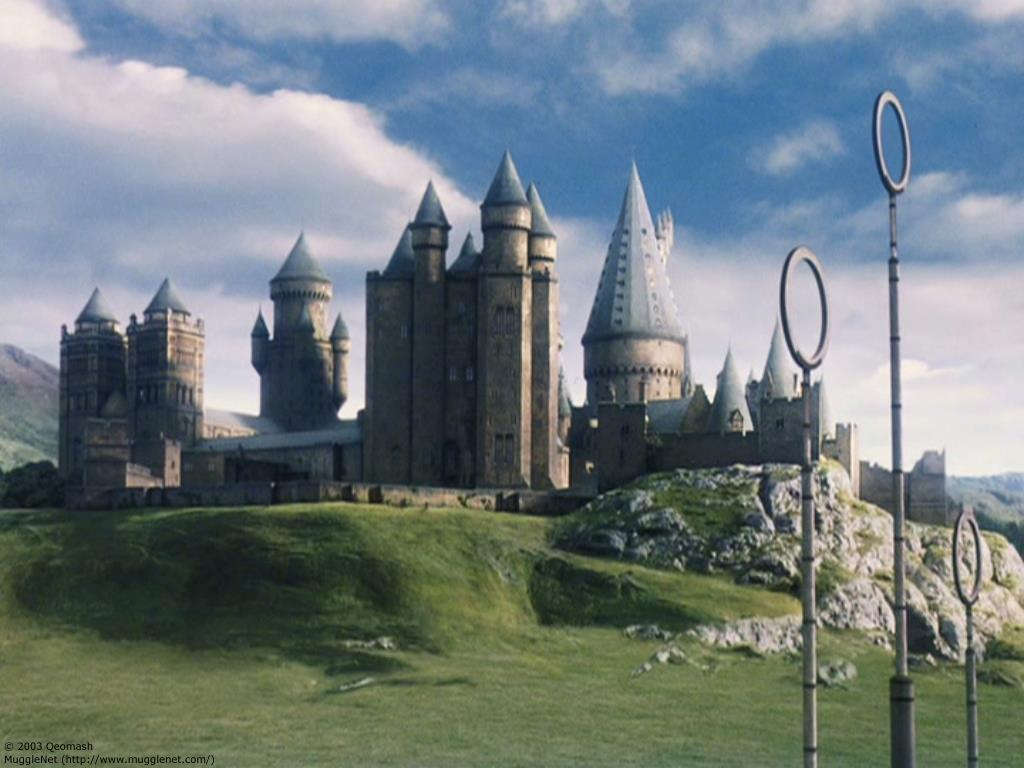 Hogwarts_School_of_Witchcraft_and_Wizardry_.jpg