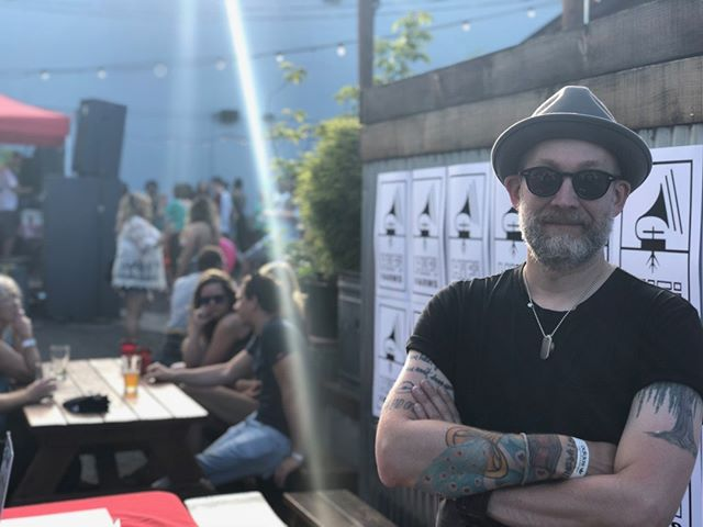 #TBT: HiFi Co-Founder Lee Henderson holding things down at last summer's Backyard BBQ Cannabis Industry Appreciation Party at the @WhiteOwlSocialClub 🌞🌞🌞⁣ .⁣ .⁣ .⁣ #HiFiFarms #SummerJamz #OregonCannabis #IndustryAppreciation
