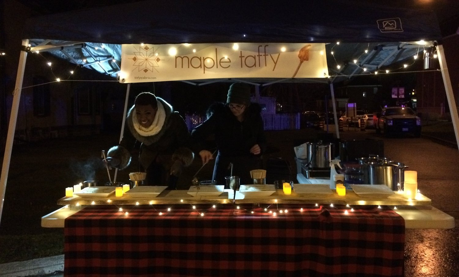 Maple Taffy Stand