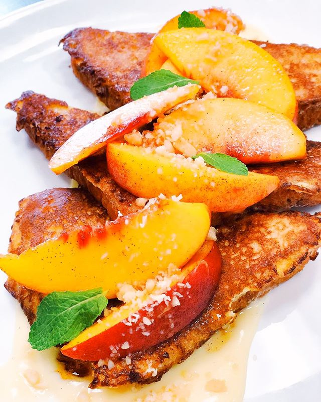 🍑I know what we are doing for brunch today... . 📸 @rootsandrevelry . . #birmingham #bhambrunch #sundaymorning #bhamal #bham #bhamalabama #birminghambrunch #birminghamrestaurants #birminghamfood #birminghamfoodie #birminghamfoodies #bhamfood #bhamfoodies #bhamfoodie #eatlocal #peaches #frenchtoast #bhamgram #instagrambham #bhaminstagram #downtownbham #downtownbirmingham #localbham #eatbham #bhameats #bhamblogger #yum #delish