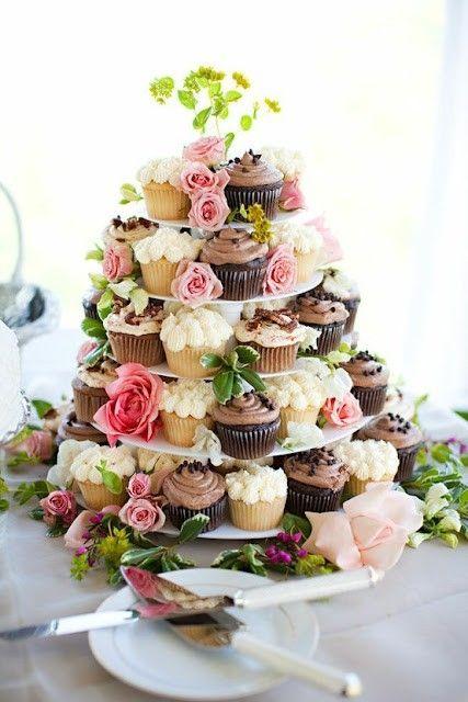 cupcake tower.jpg