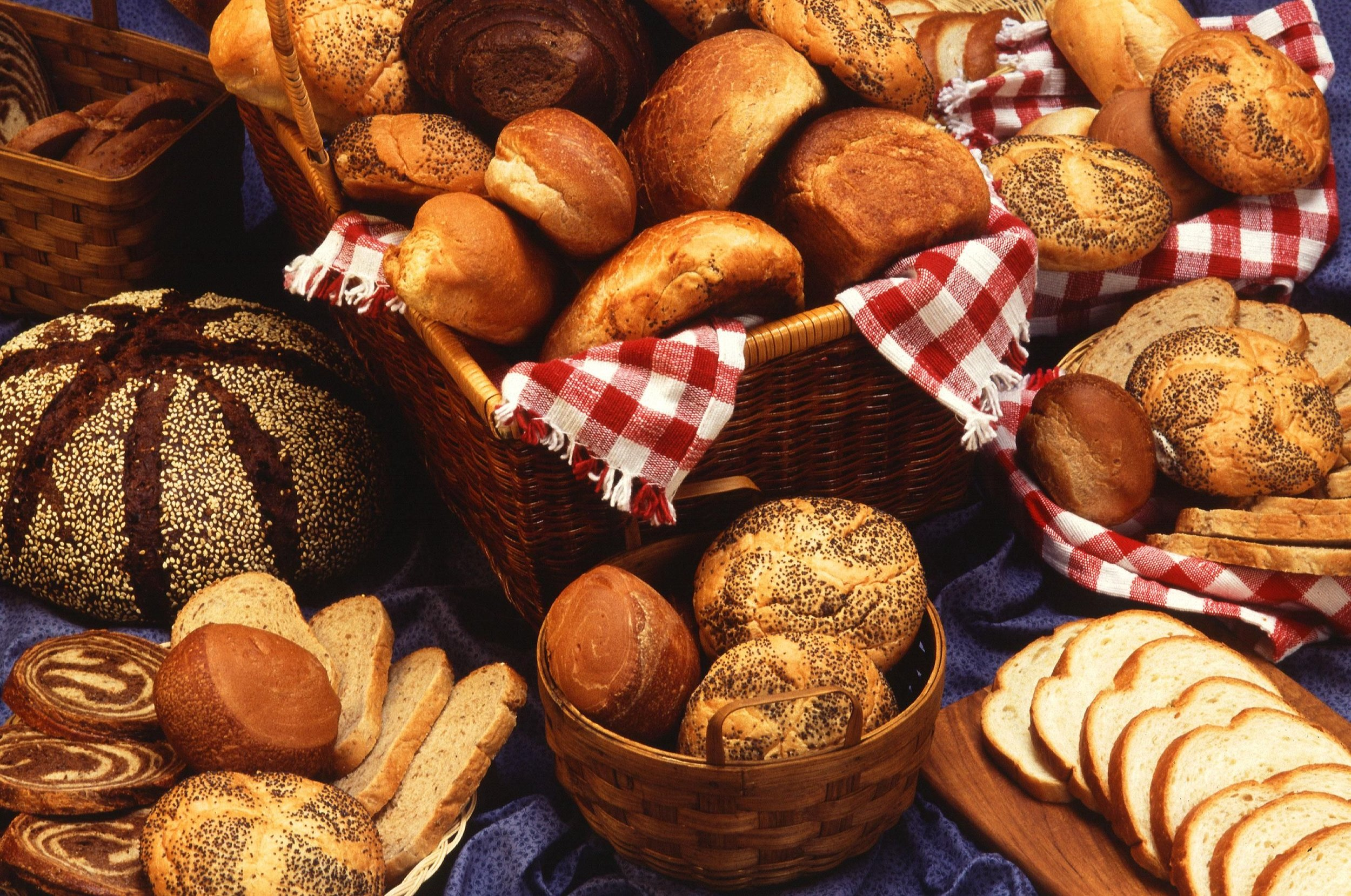 Old Fashioned bread,rolls & croissants - Meeting Your