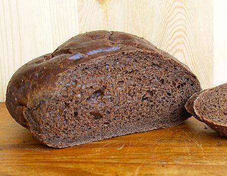 Fresh Pumpernickel Bread