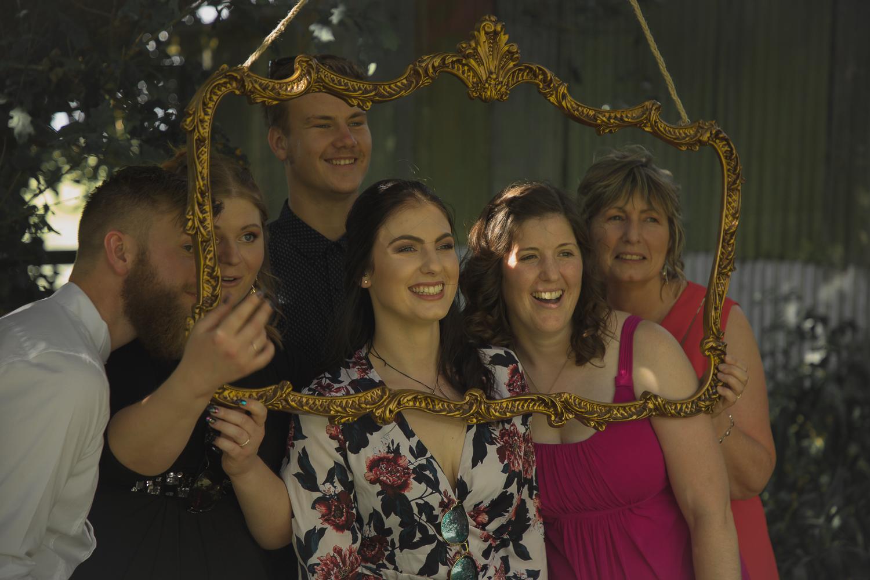 wedding-photography-guests-enjoying-themselves.jpg