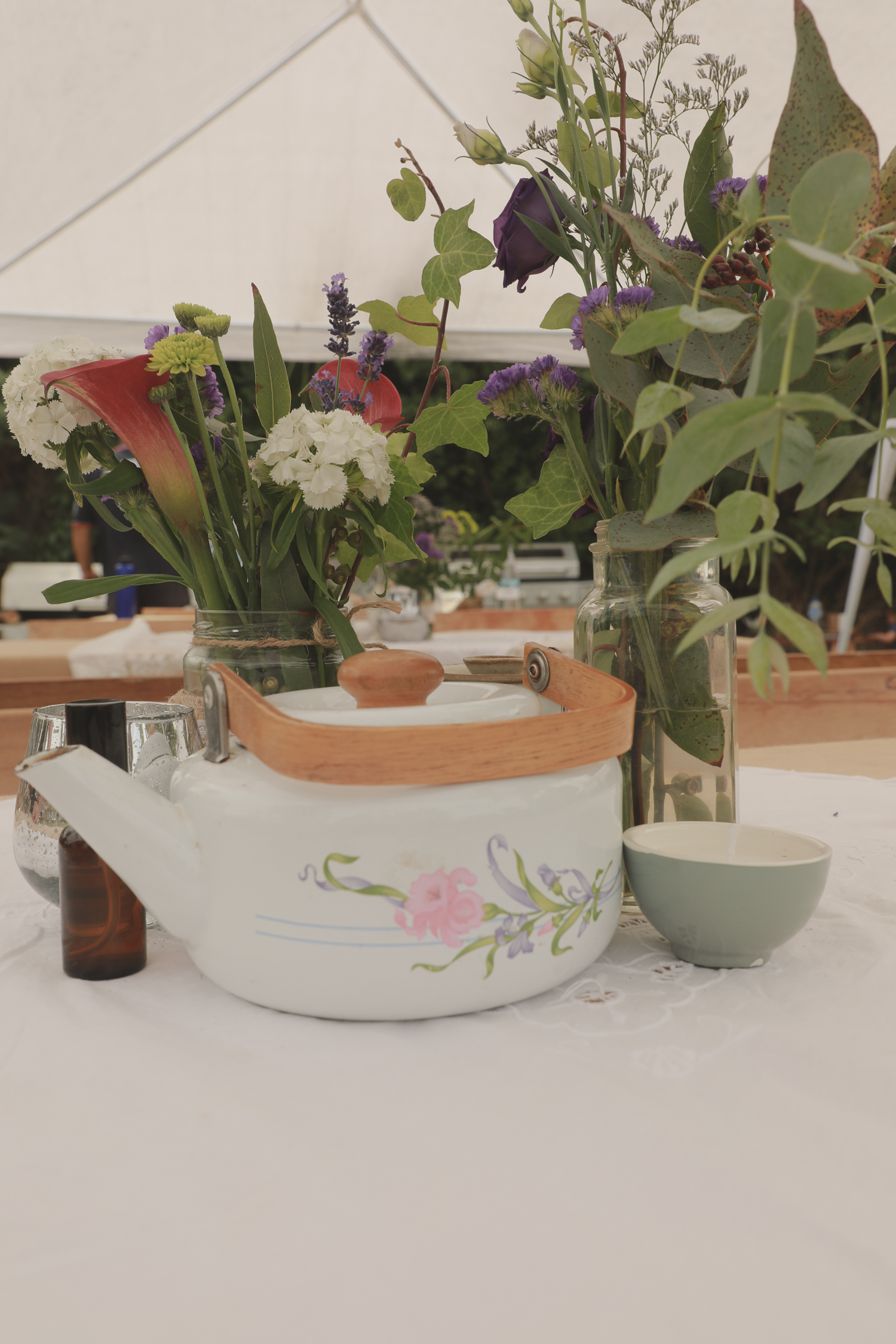 wedding-photography-table-setting-reception.jpg