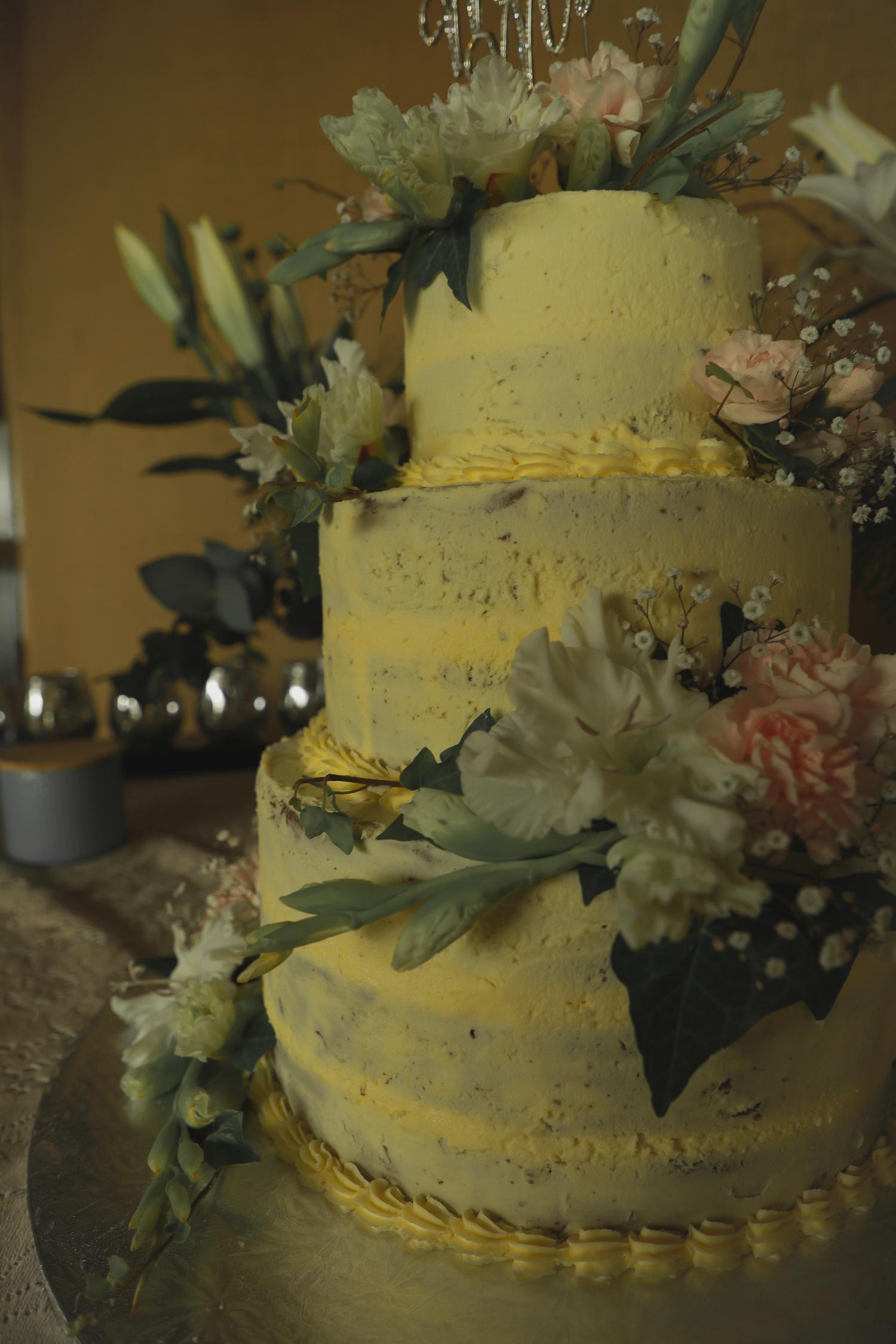 wedding-photography-wedding-cake.jpg