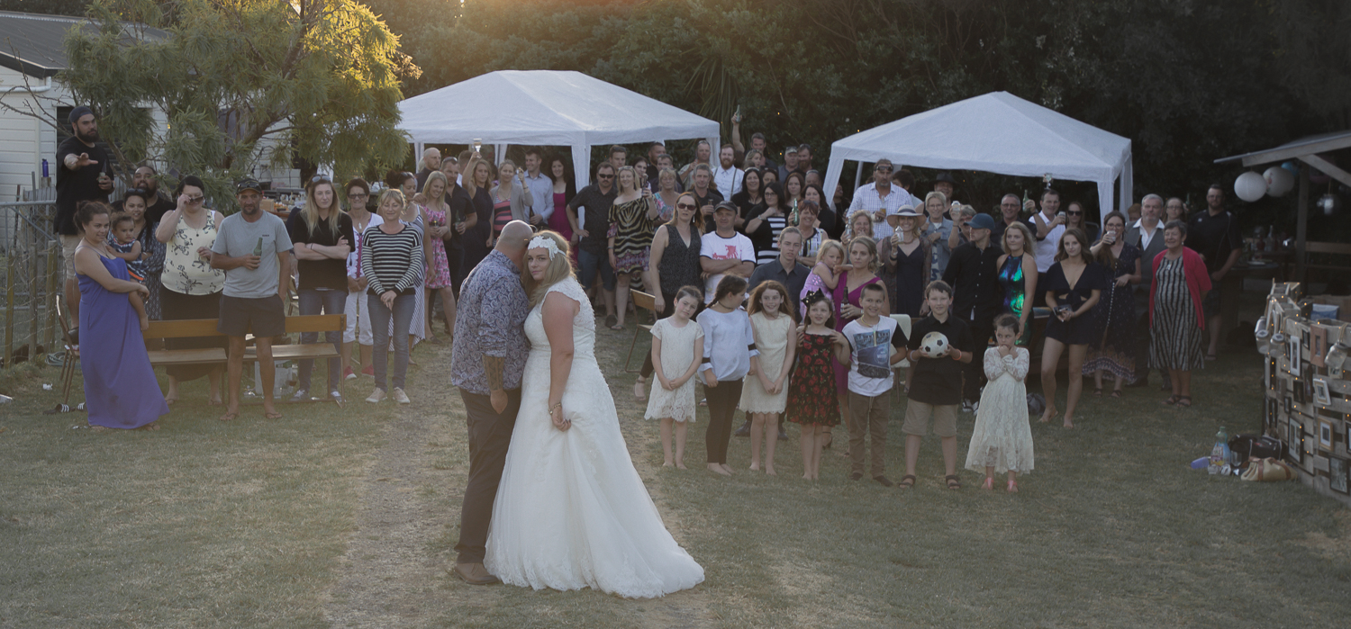wedding-photography-all-the-guests.jpg