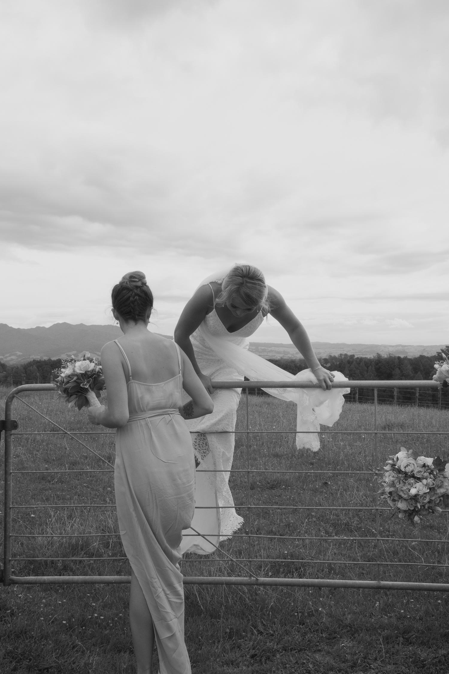 bride jumping gate