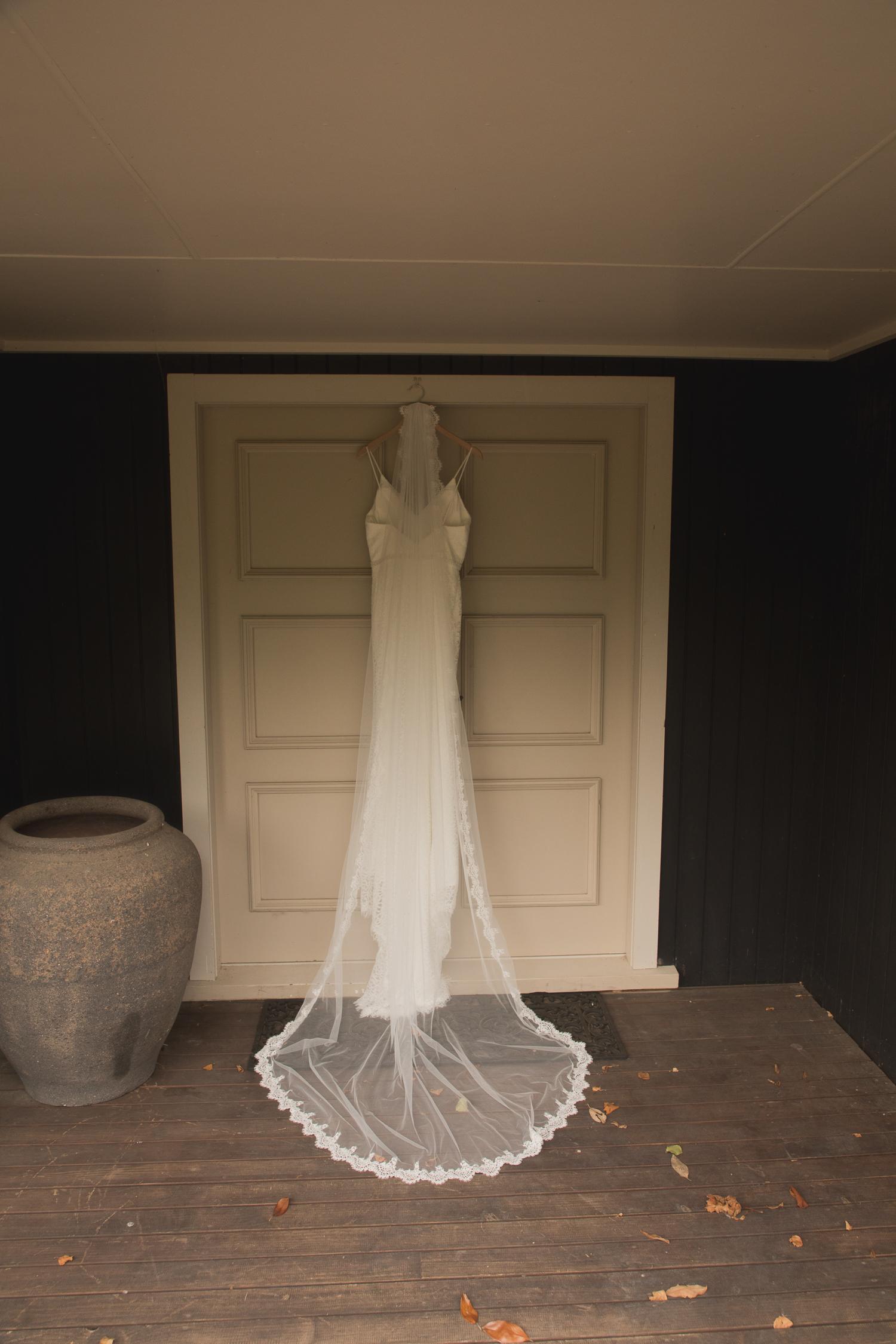 brides dress with veil