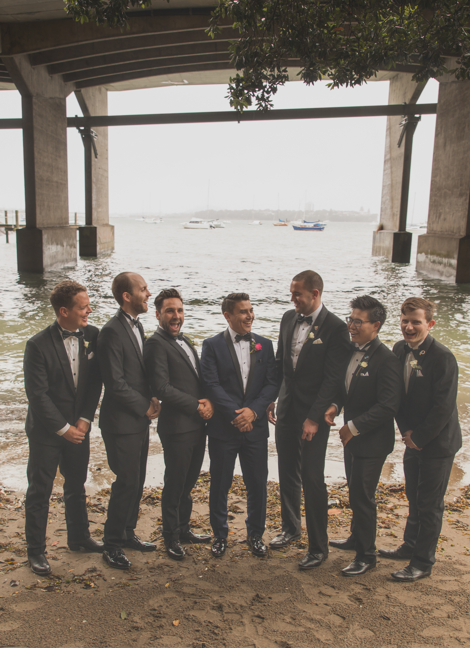 groom and groomsmen on wedding day