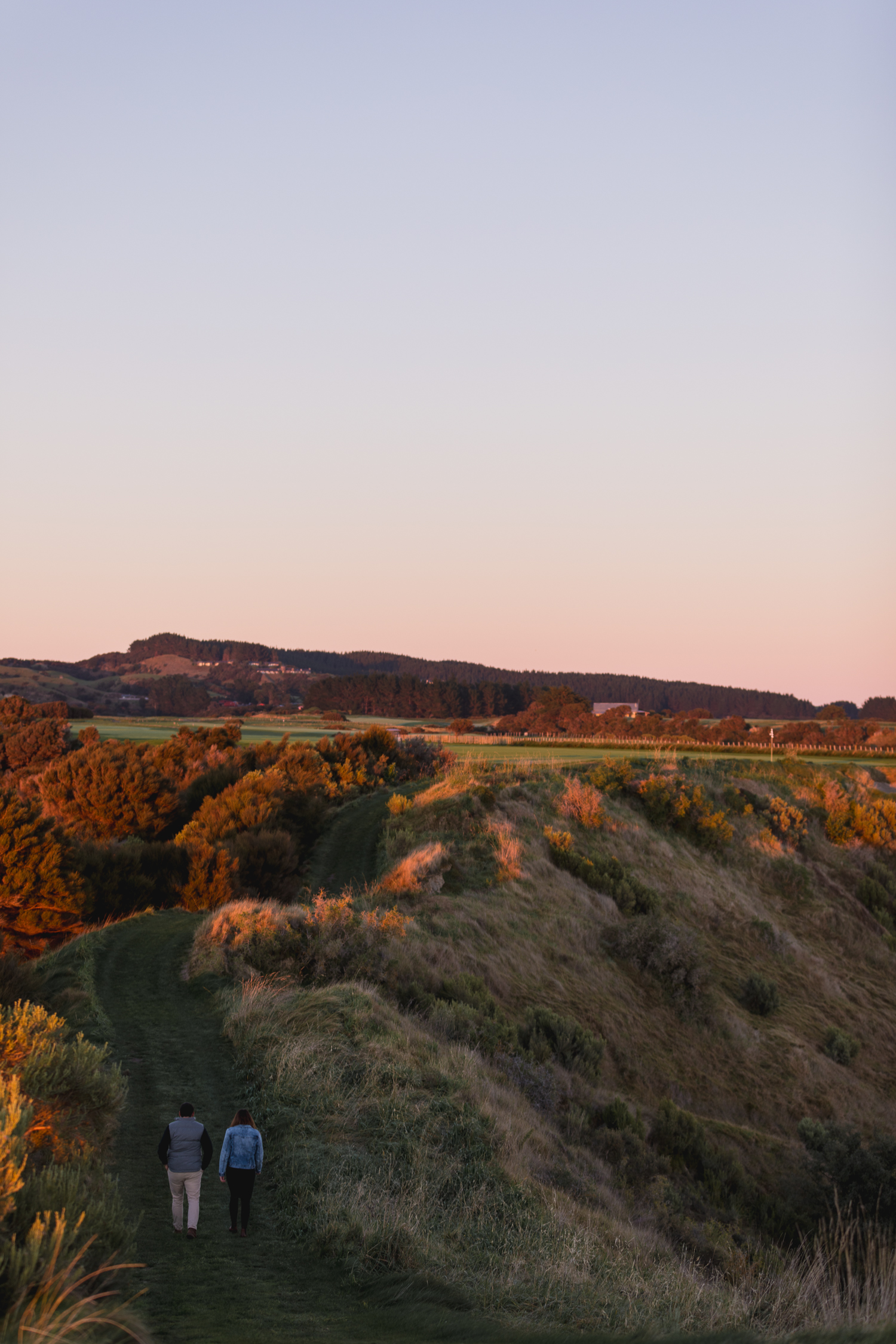 cape-kidnappers-golf-course-at-sunrise-hawkes-bay-looking-over-farm.jpg