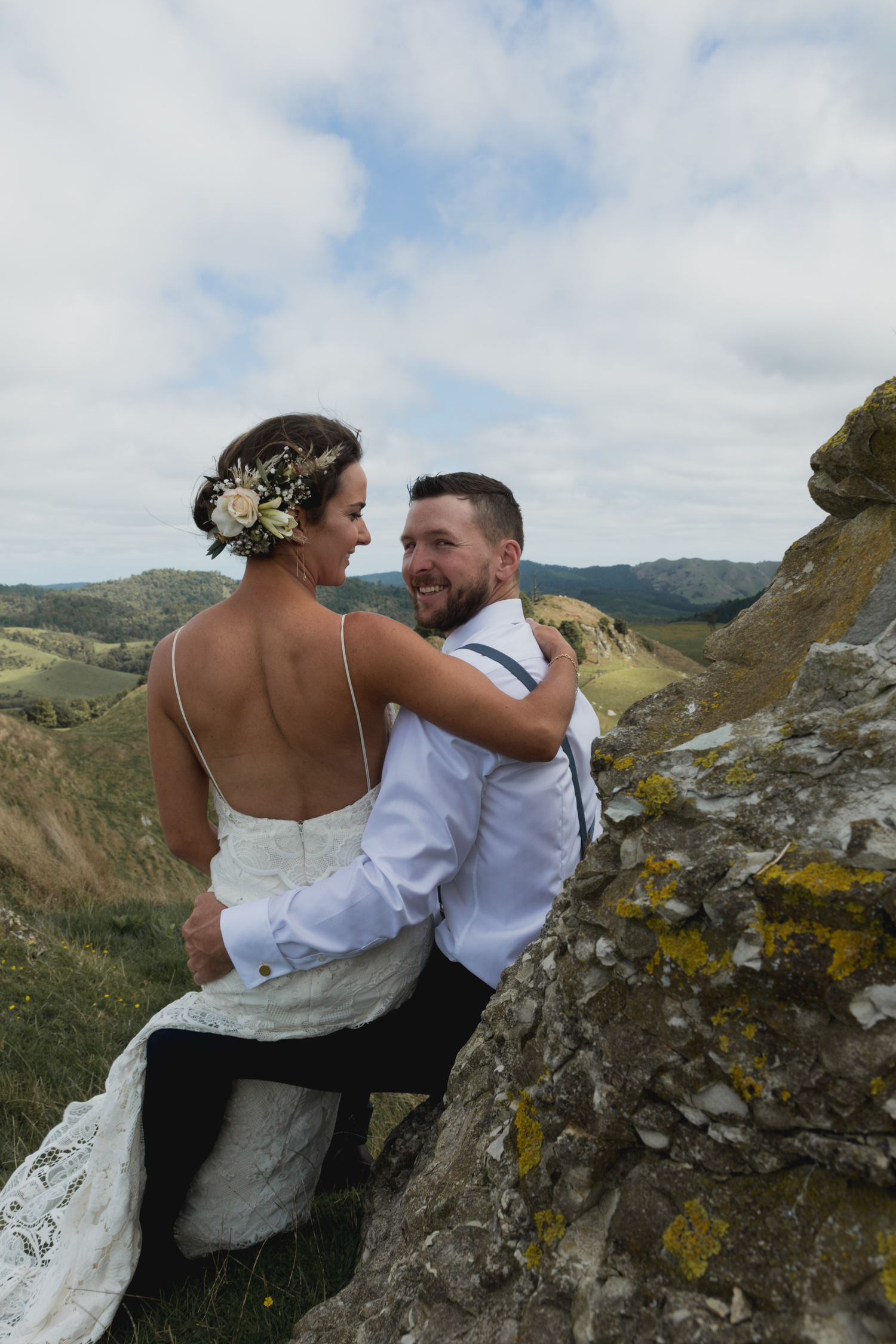 wedding-at-the-red-barn-new-zealand-wedding-photographer-bride-and-groom-smiling.jpg
