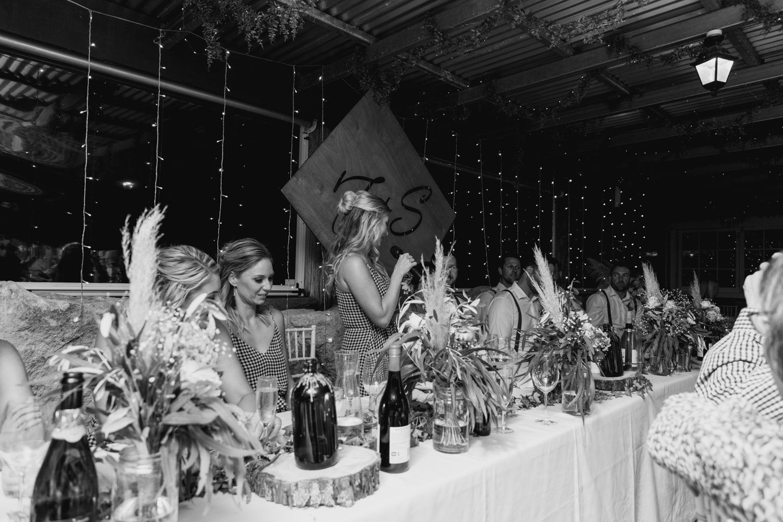 wedding-at-the-red-barn-new-zealand-wedding-photographer-maid-of-honour-speech.jpg
