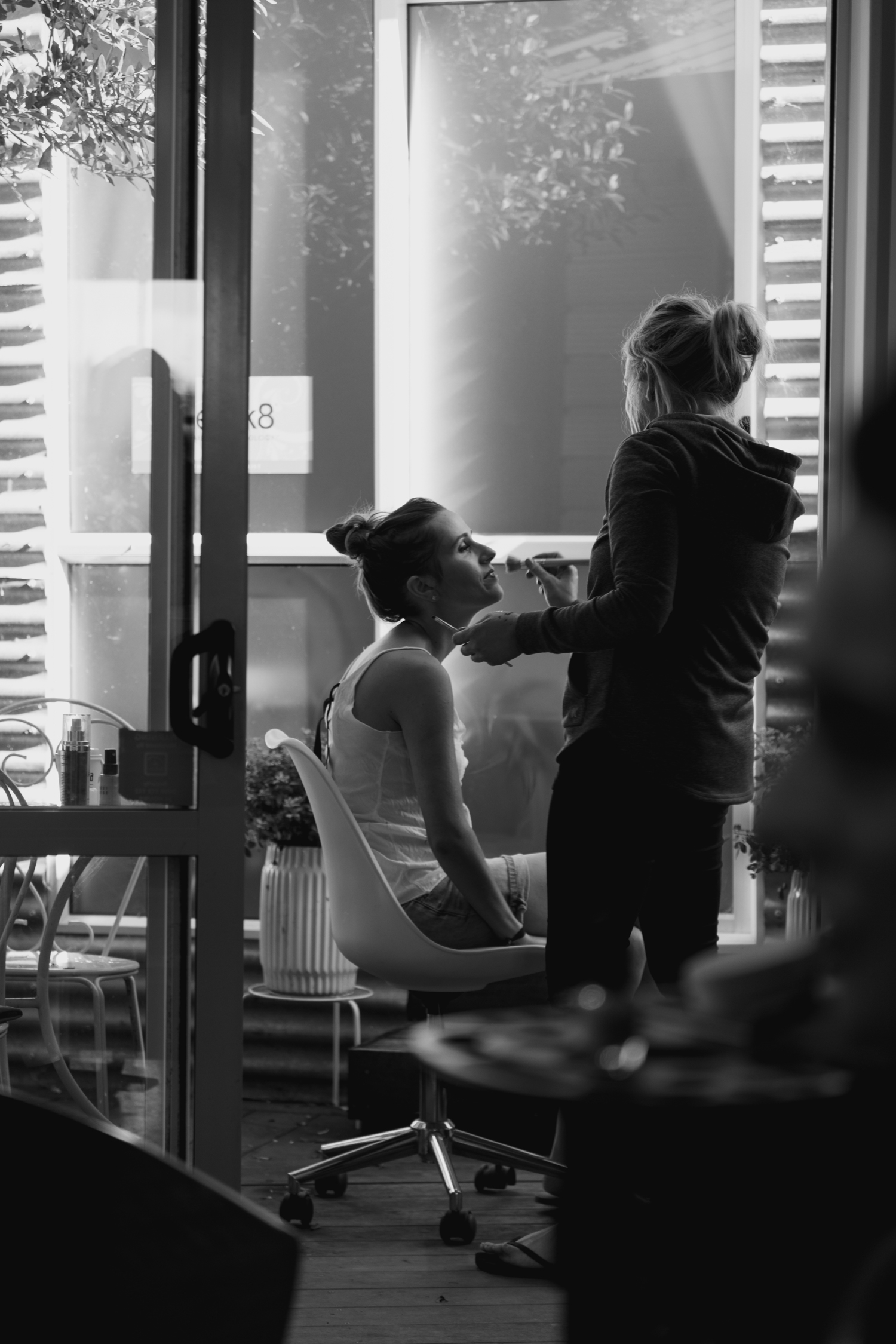 wedding-at-the-red-barn-new-zealand-wedding-photographer-makeup-getting-ready.jpg