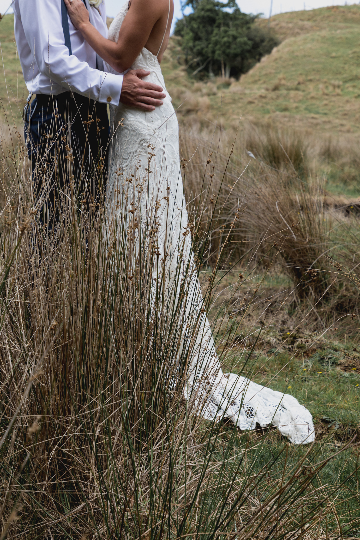 wedding-at-the-red-barn-new-zealand-wedding-photographer-wedding-dress-details.jpg