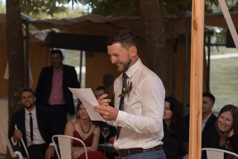 black-barn-winery-wedding-hawkes-bay-wedding-photographer-best-man-speech.jpg