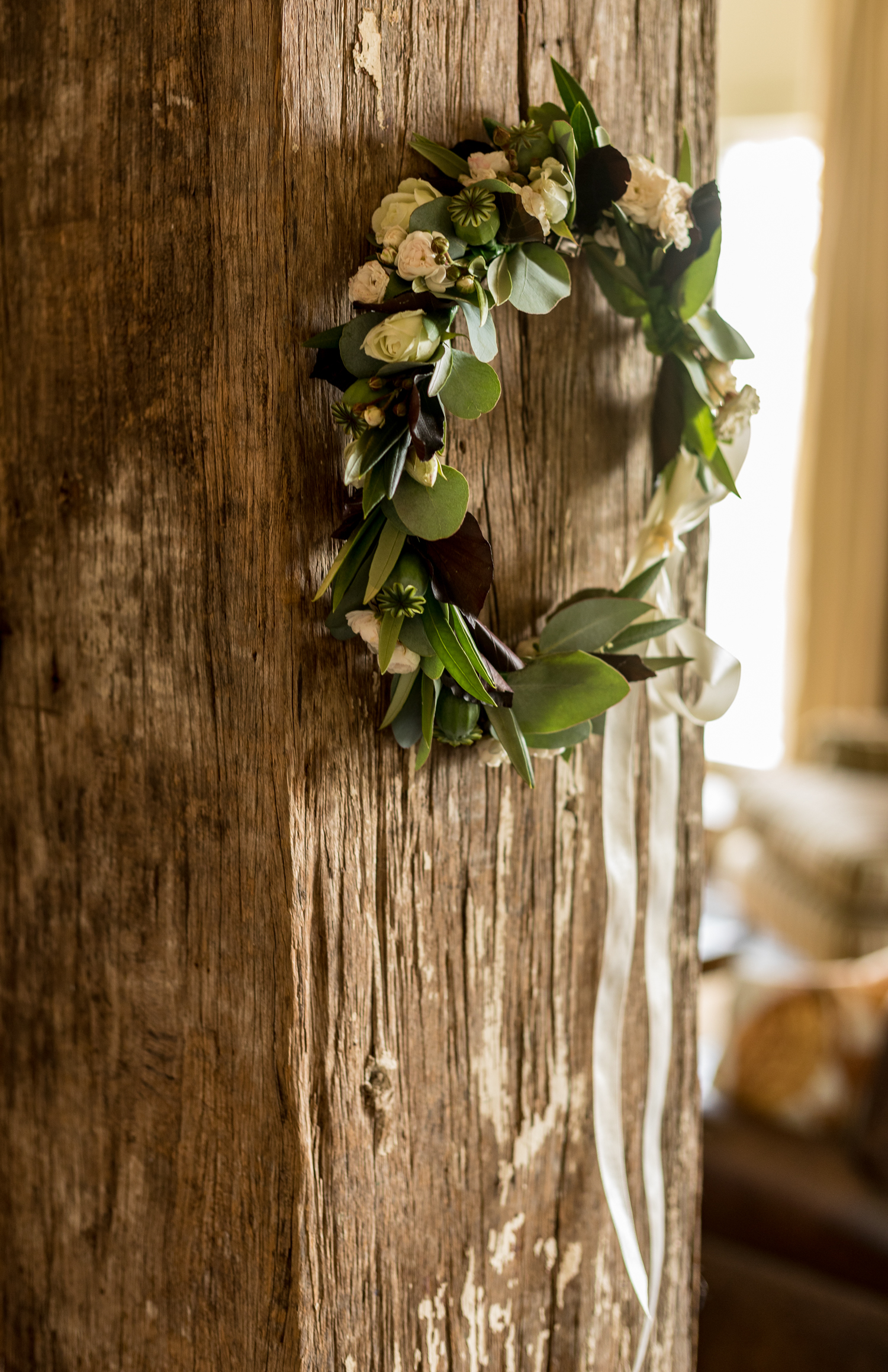 black barn winery hawkes bay wedding prep pregnant bride magdelen hill florist