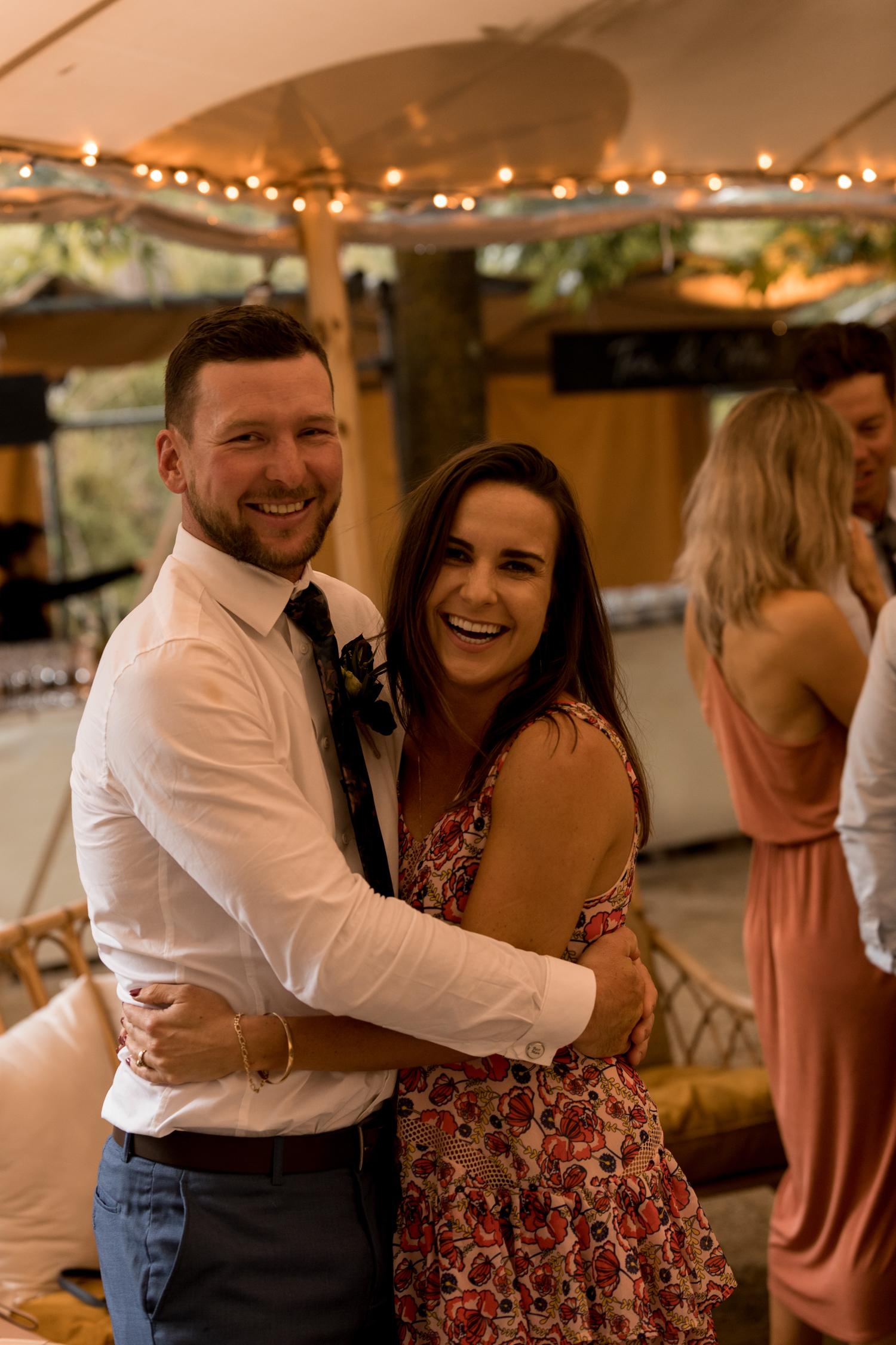 black-barn-winery-wedding-hawkes-bay-wedding-photographer-newlyweds.jpg