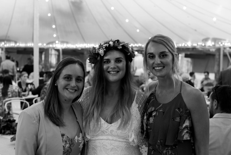 black-barn-winery-wedding-hawkes-bay-wedding-photographer-bride-and-sisters.jpg