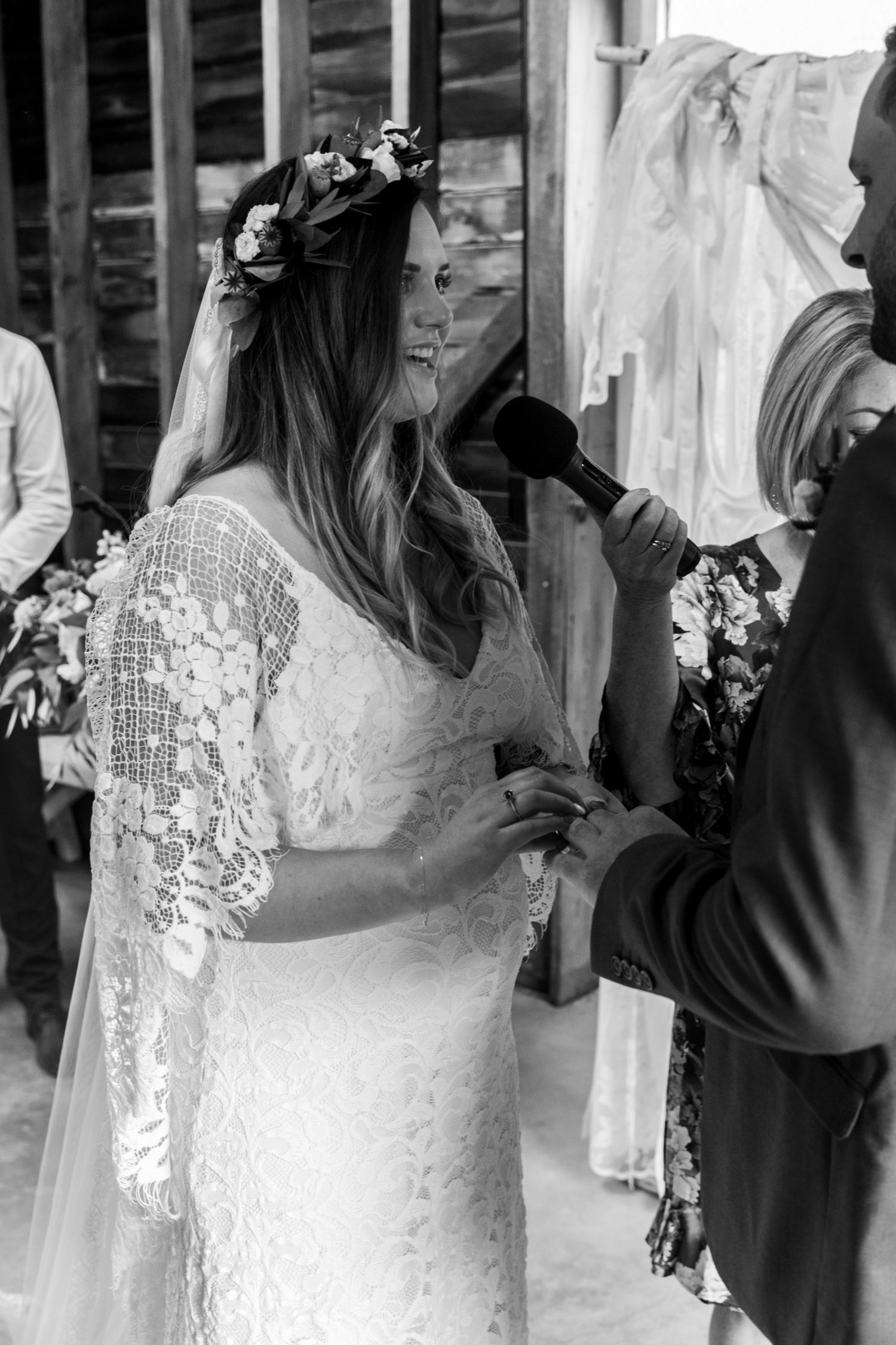 black barn winery hawkes bay wedding with pregnant bride grace loves lace dress