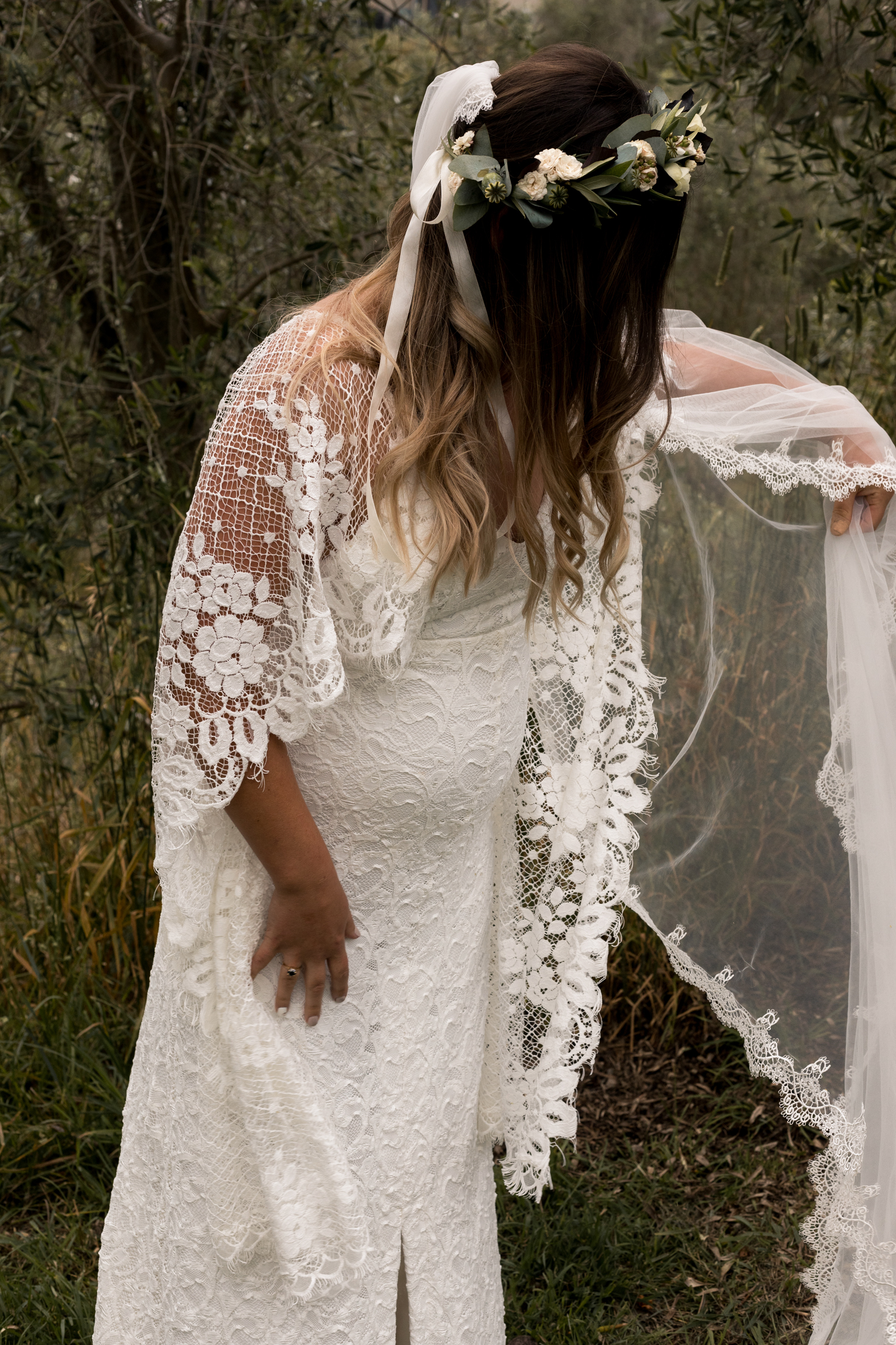 black barn winery hawkes bay wedding prep pregnant bride