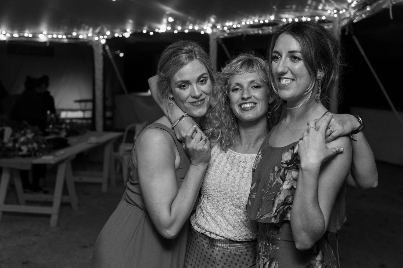 black-barn-winery-wedding-hawkes-bay-wedding-photographer-girls-dancing-at-reception.jpg
