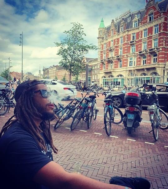 Pineapple Express on the streets of Amsterdam.... Big up @ernestoscantina  Big up @zwartecross  Big up @concertorecordstore  #amsterdam #netherlandstour