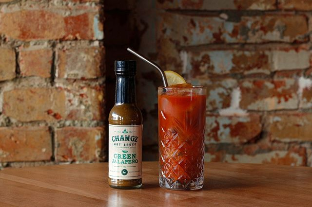 The ultimate Sunday pick-me-up: A Pickled Bloody Mary, using our Green Jalapeño Hot Sauce 🍅🍹🌶⠀⠀⠀⠀⠀⠀⠀⠀⠀ ⠀⠀⠀⠀⠀⠀⠀⠀⠀ #changzhotsauce #greenjalapeno #japapeno #jalapenos #hotsauce #hot #sauce #hotaf #spicy #chilli #chili #tropical #flavour #peppers #jalapenopeppers #pepper #vegan #glutenfree #keto #ketodiet #vegetarian #veganrecipes #veganfood #veganfoodlovers #healthy #mealprep healthyfood #americanbbq #southernbbq #lowandslow #lowcarb