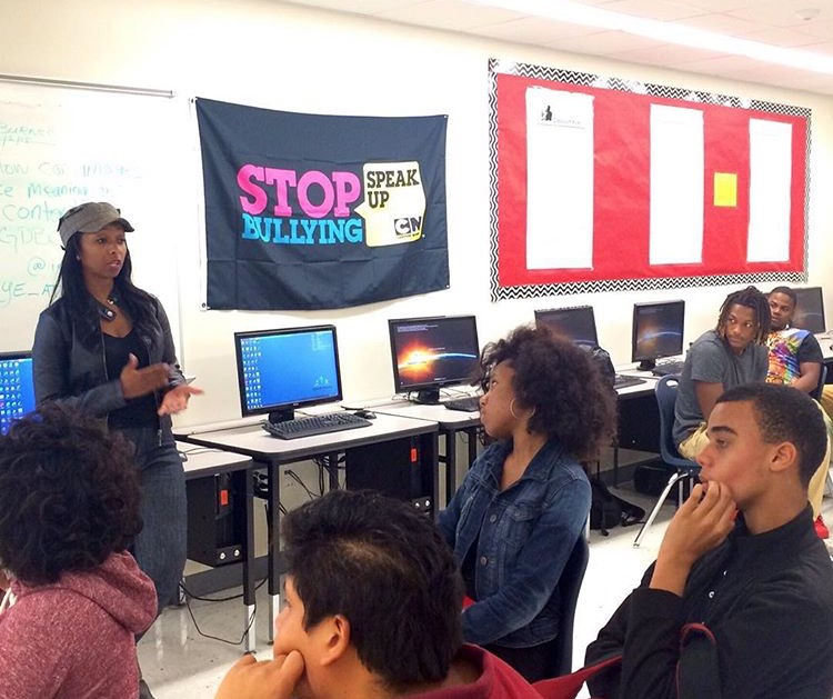 Speaking to high school students about pursuing a career in media.