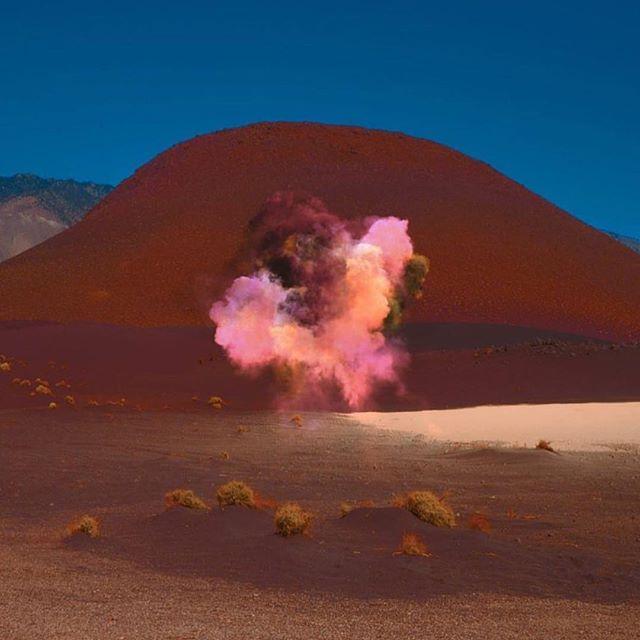 @neilkrug 📸 • • • • #neilkrug #photography #artphotography #desert #desertphotography #smoke #color #colorsmoke #pink #blue #minimalart #minimalism #minimalphotography #minimal #art #magic