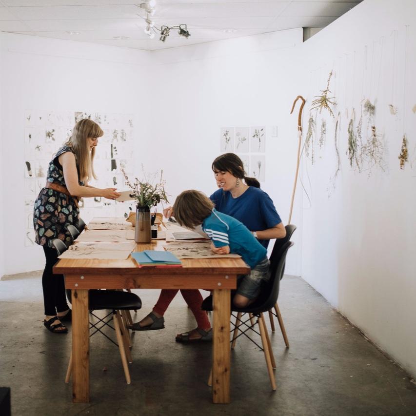 Louise+drawing+workshops.jpg