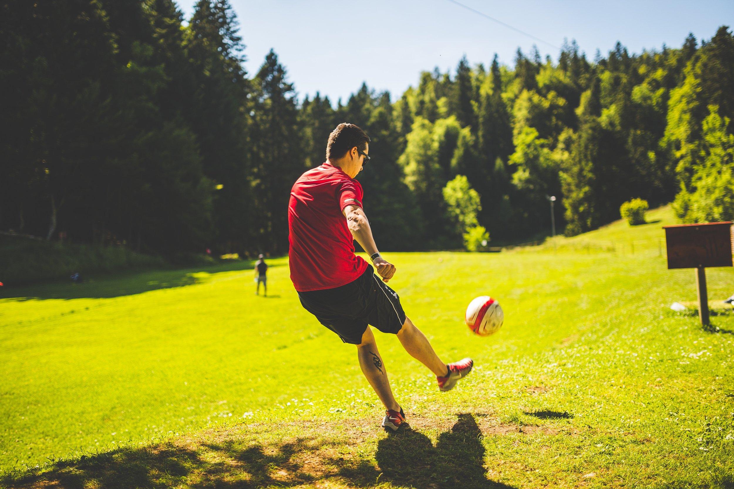 ball-football-game-110080.jpg
