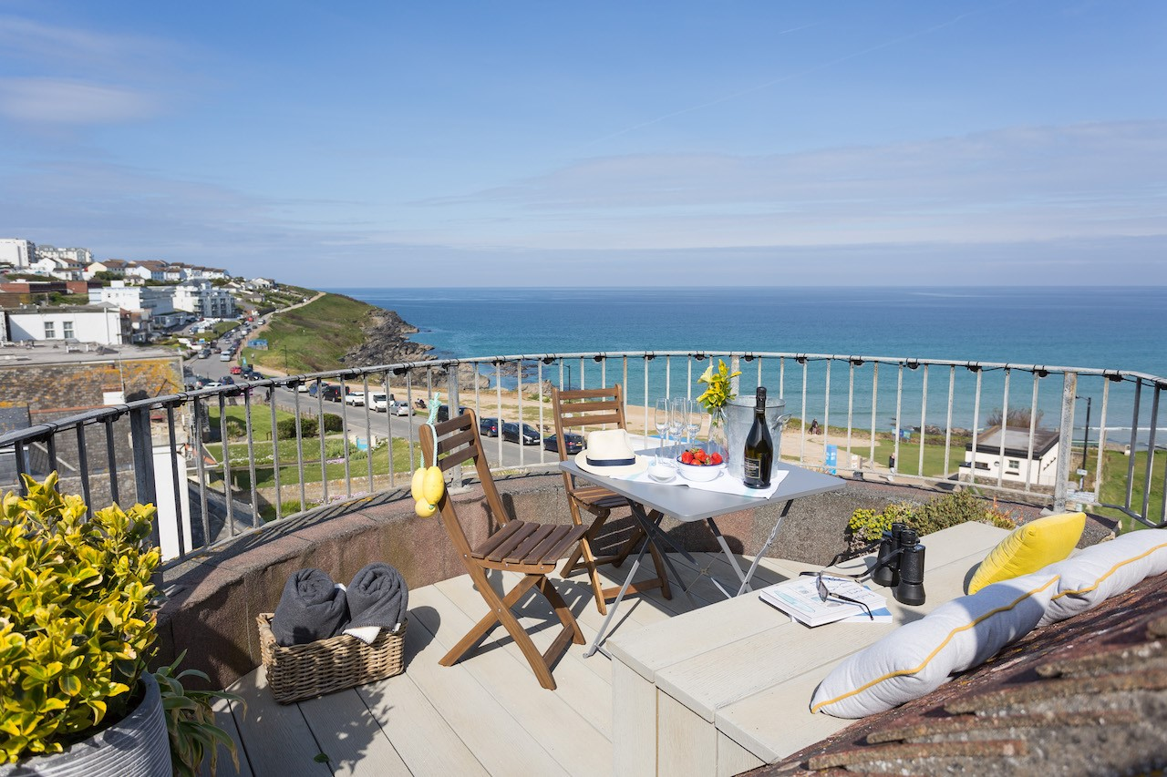 Fistral Loft terrace copy.jpg