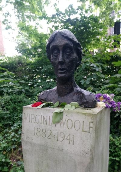 Statue at Tavistock Square, Bloomsbury, London.