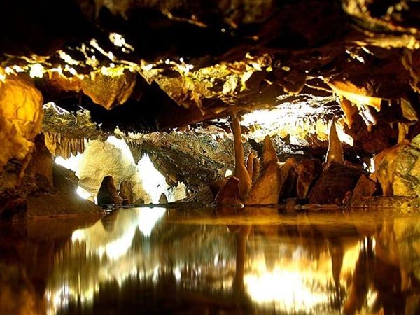 cheddar-caves.jpg