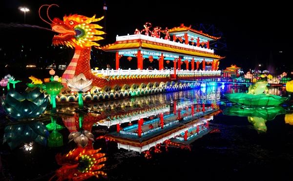longleat-festival-of-lights.jpg