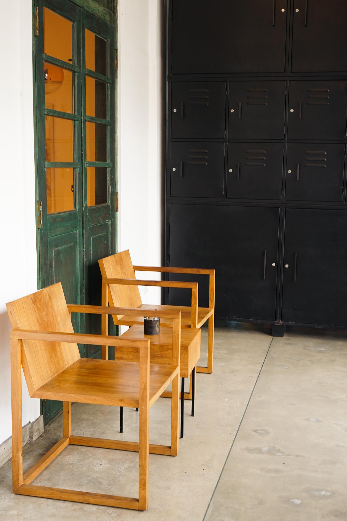 Relax in Kopi Kadé's designer chairs