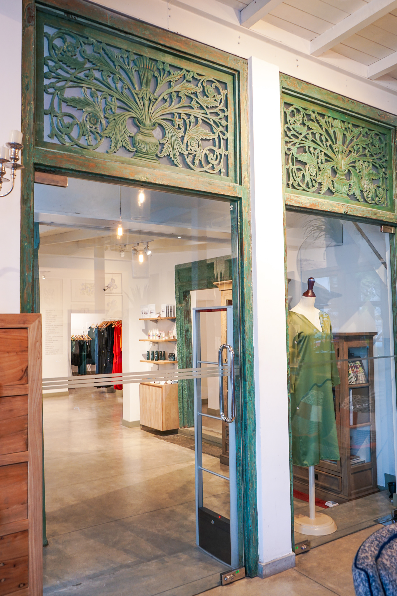 Colombo shopping guide - The Design Collective storefront