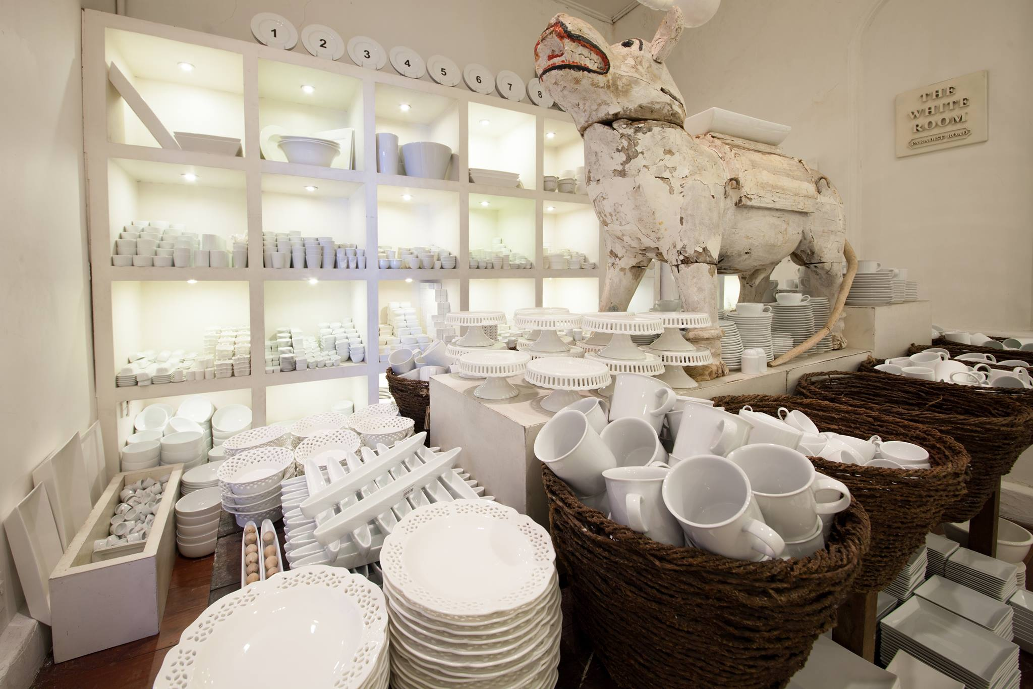 Colombo shopping guide - Paradise Road white room