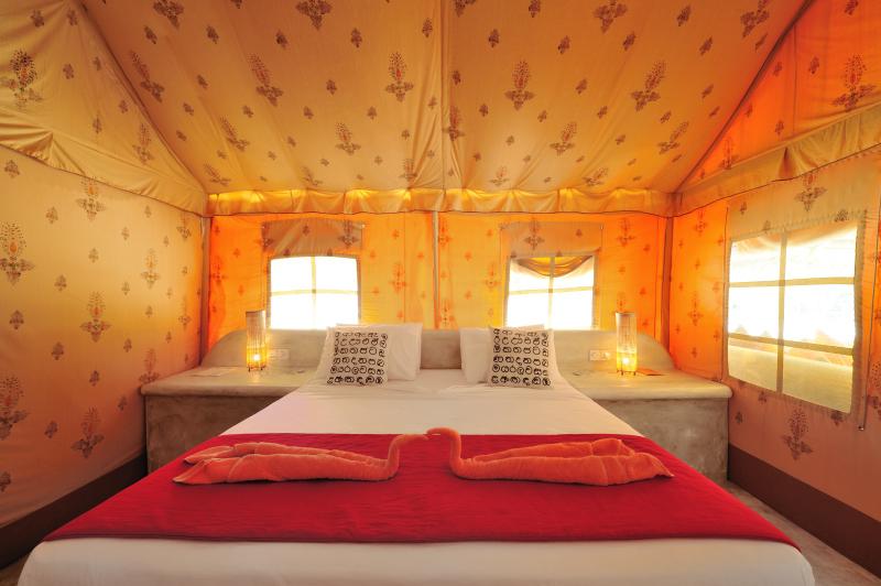 Dolphin Beach Resort - luxury tent interior