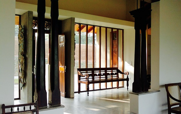 Pavillion House - transitioning inside with shadow and light