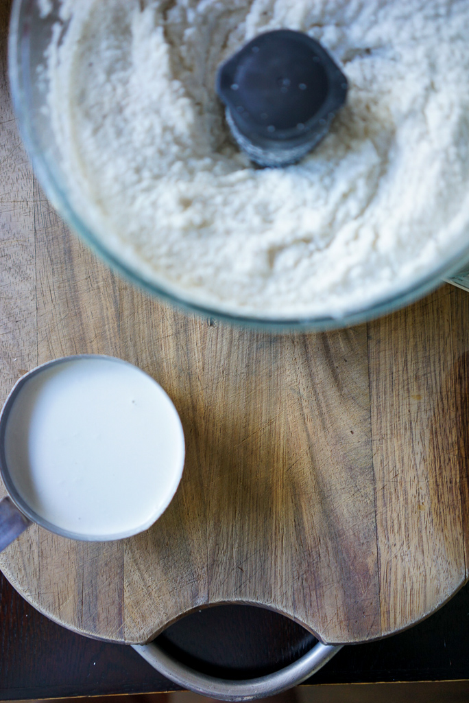 Processed rice and yeast mixture