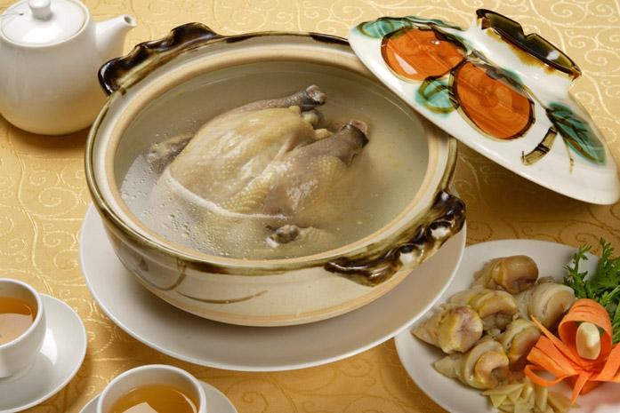 8玉皇海窩燉雞鍋.jpg