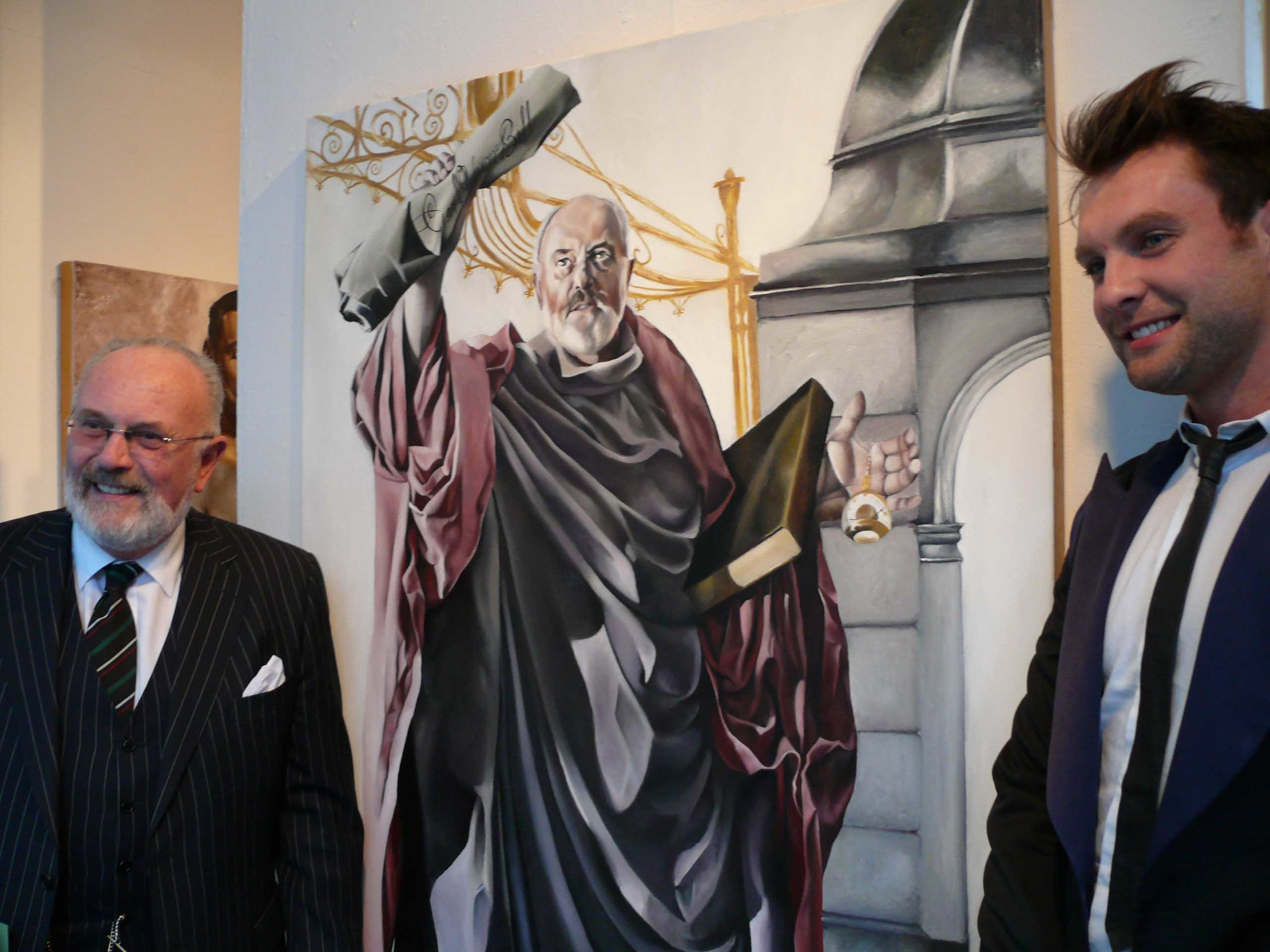 #DavidNorris next to my adiptation of him as 'Saint Peter'. This is one of thee proudest moments of my life, EVER!