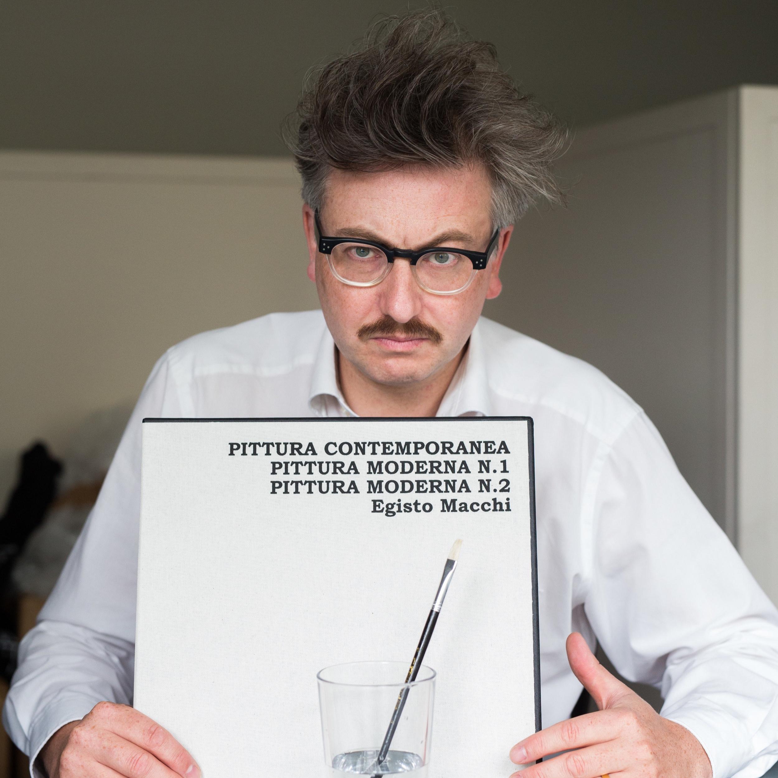 Gereon Klug - ist Autor und war zudem Tourmanager, Plattenhändler, Erfinder, DJ, Songschreiber, Herausgeber. Er ist zumeist humoristisch tätig, dies aber ernsthaft.
