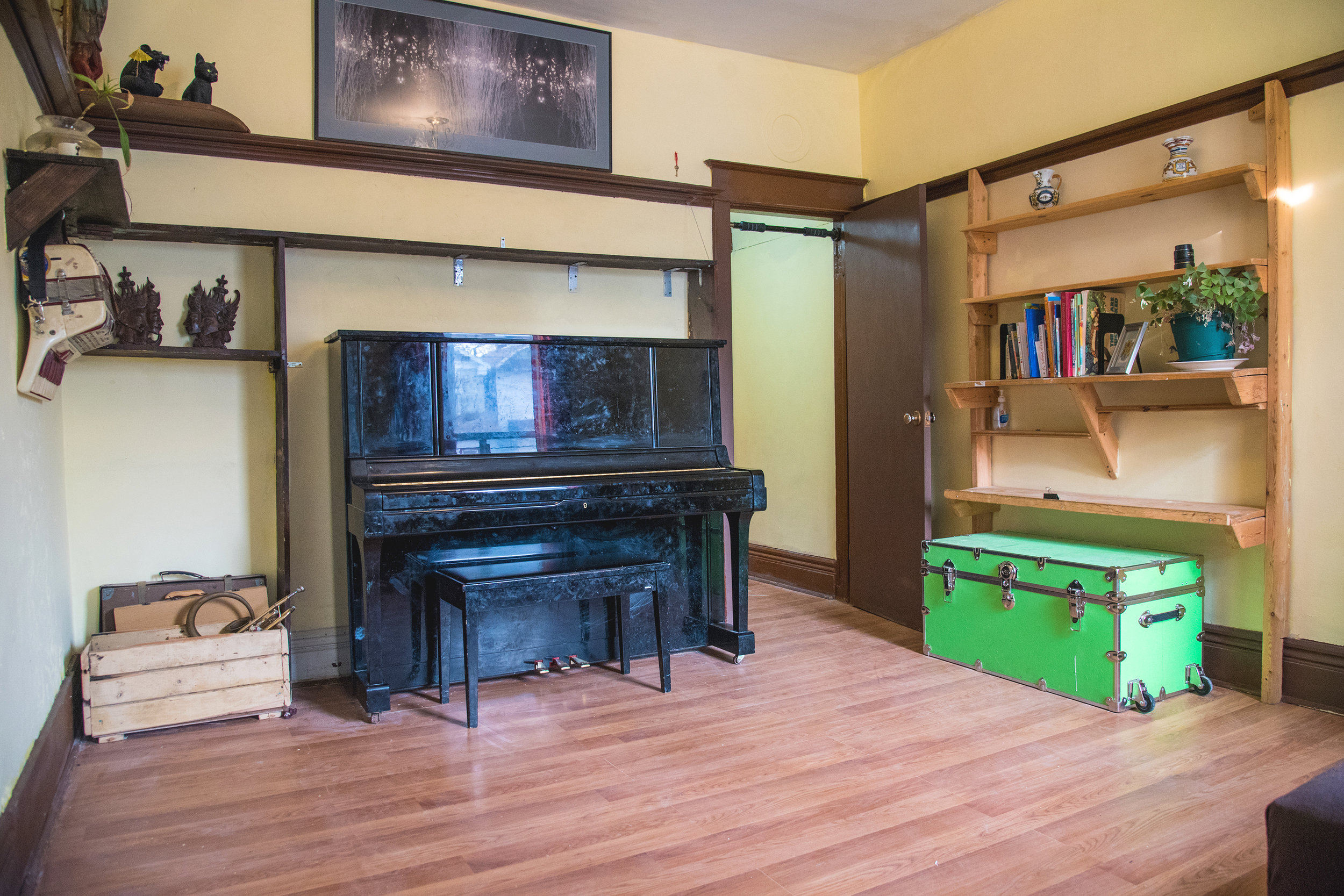 lil-yellow-house-front-room-alt-2.jpg