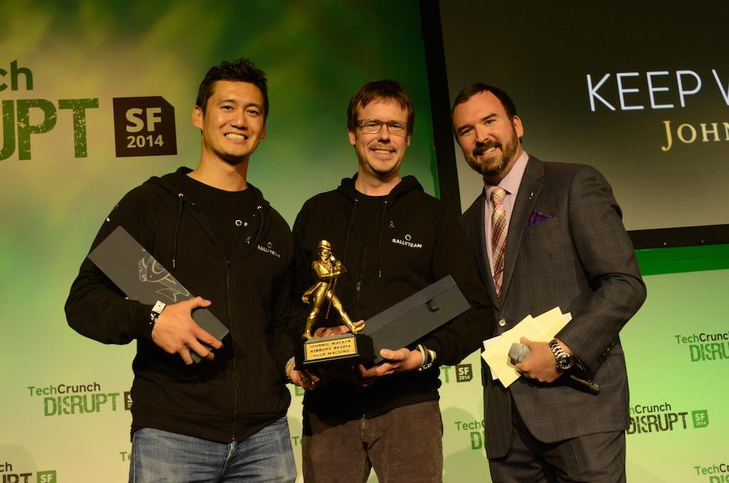 L to R: Huan Ho and Dan Clay Ellis, Co-founders of Rallyteam at TechCrunch Disrupt in 2014