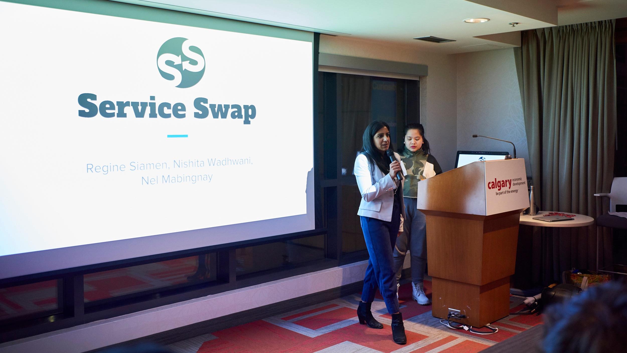 L to R: Nishita Wadhwani & Regine Siamen (Team Service Swap)