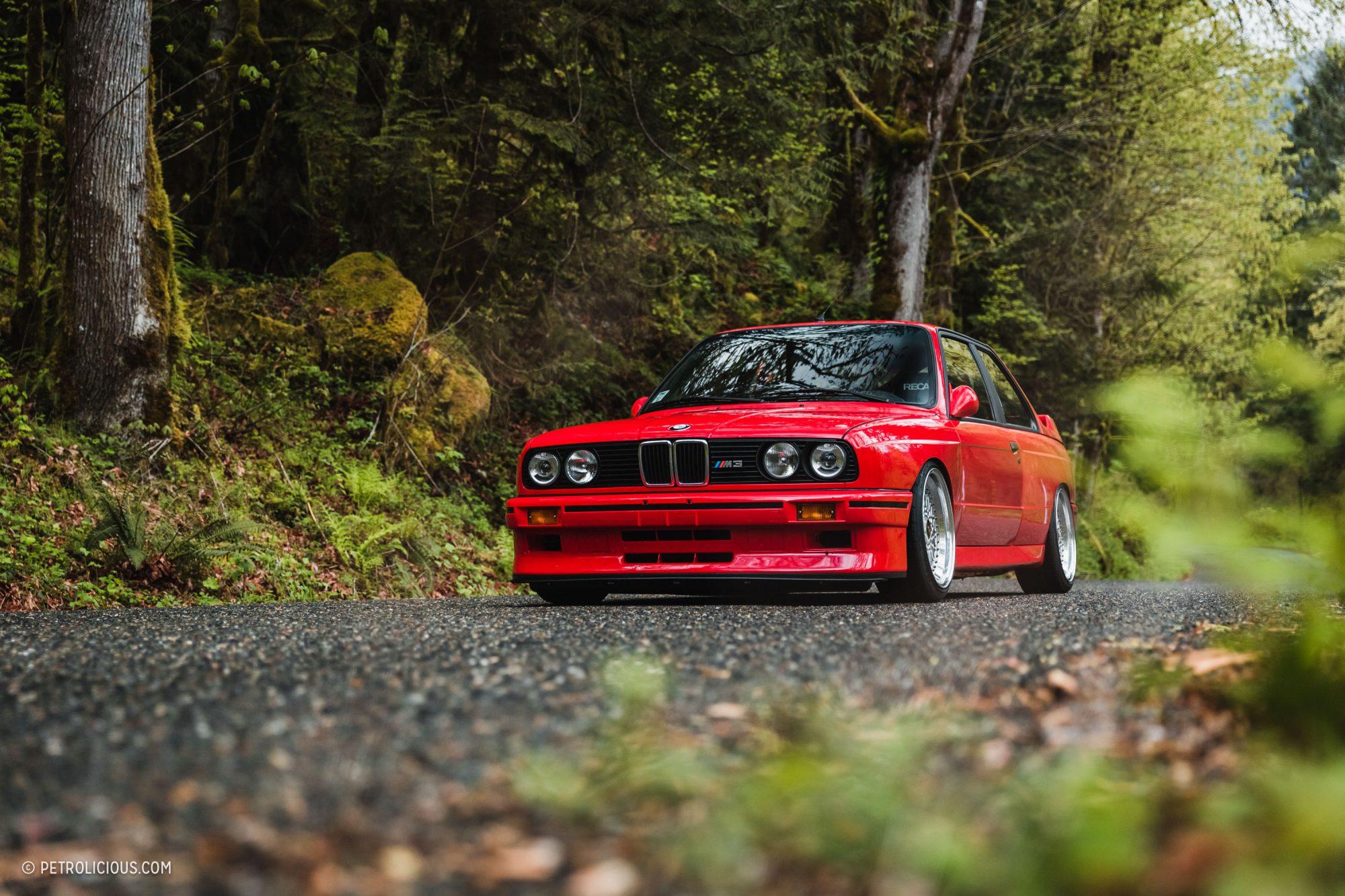 Daniel-Piker-John-Zubarek-Hennarot-BMW-E30-M3-1-2000x1333.jpg